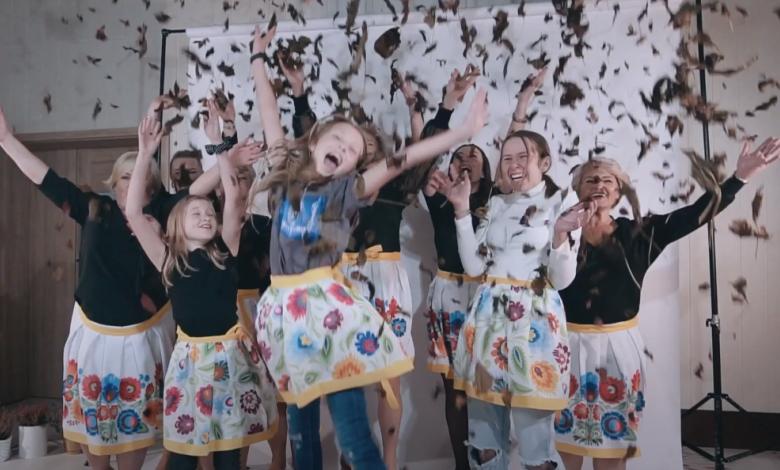 """Koło Gospodyń Wiejskich w Dobczynie zwycięzcą ogólnopolskiego konkursu """"Koło ARiMR – w sercu wsi""""!"""