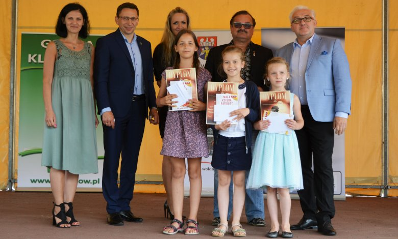 """VII Powiatowy Festiwal Piosenki Dziecięcej i Młodzieżowej """"Piosenka jest dobra na wszystko"""" - finał"""
